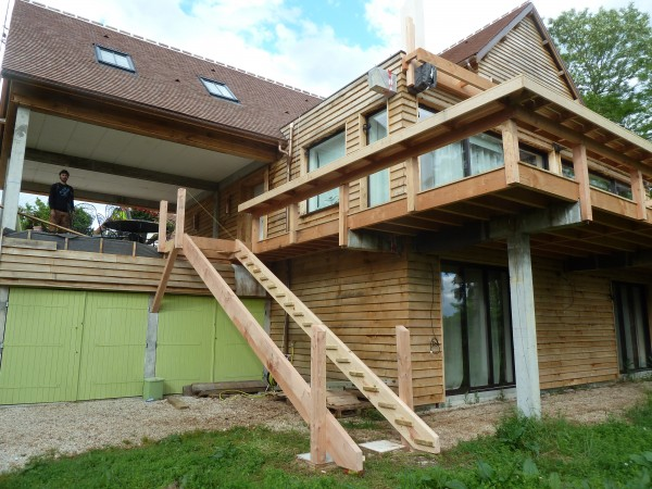 bois 2 bout r alisations terrasse ch taignier sur poteaux. Black Bedroom Furniture Sets. Home Design Ideas