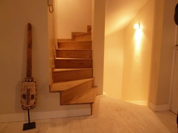 Bois 2 Bout - Réalisations - Habillage escalier béton